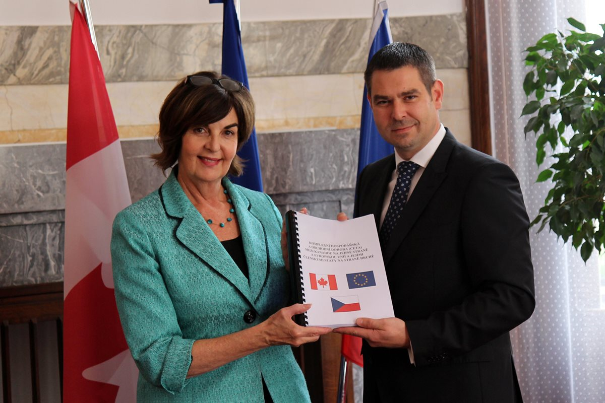 The path to Canada opens for Czech companies